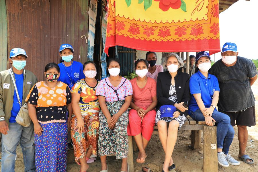 The Resident Coordinator conducts her first field visit in Thailand to consult with migrants in Tak province regarding the impacts of COVID-19.